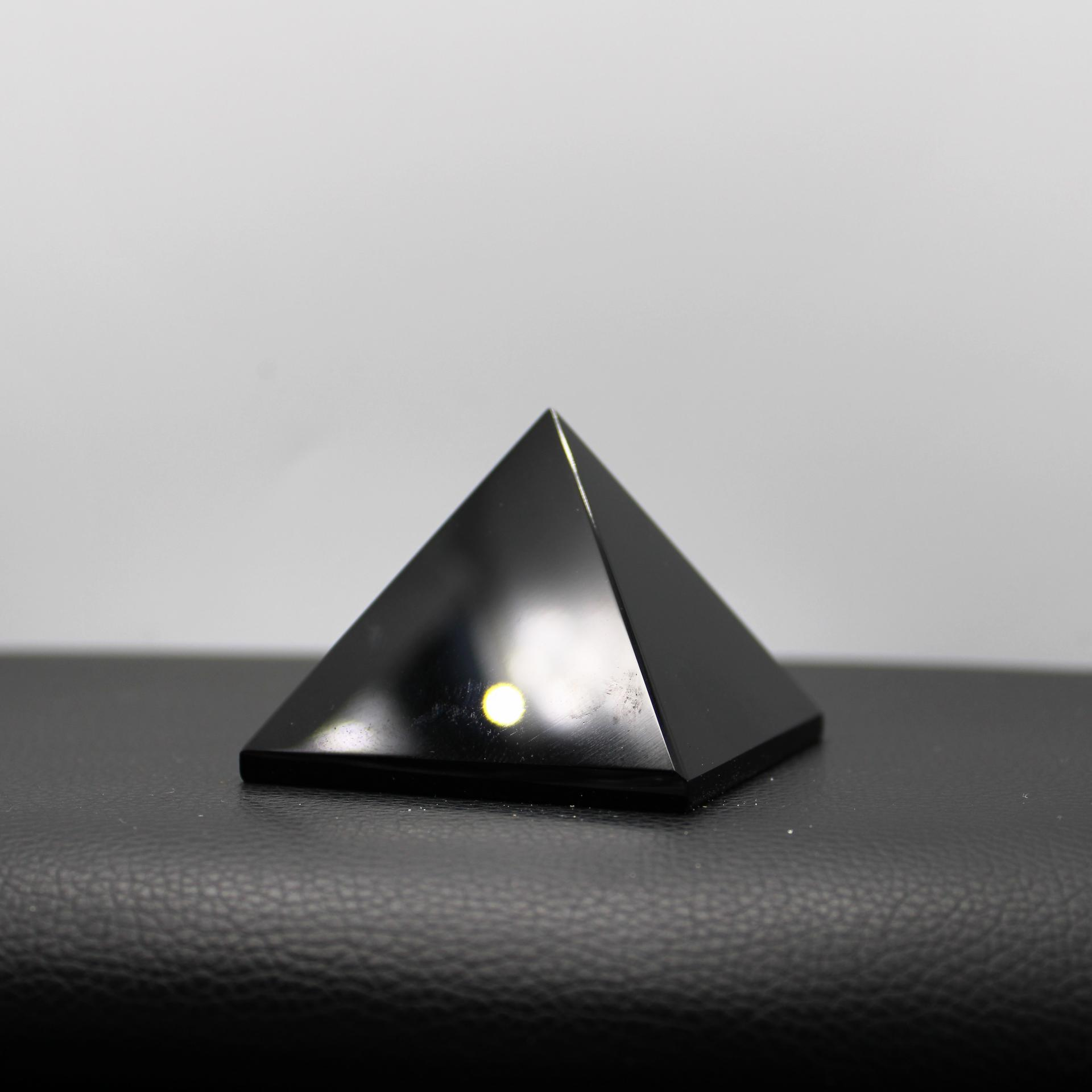 Pyramide Shungite lessenceau1000pendules 108