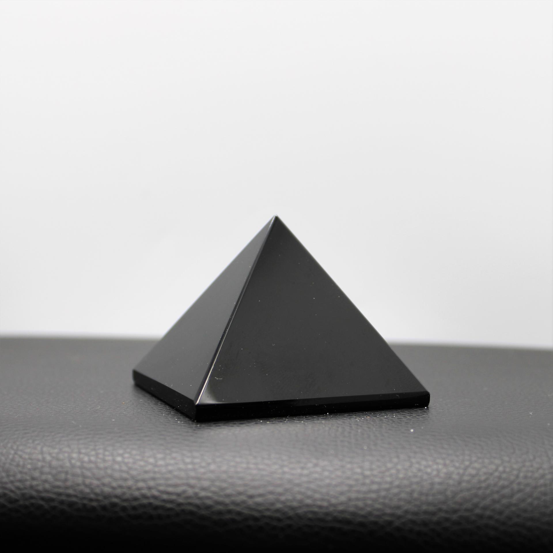 Pyramide Shungite lessenceau1000pendules 109