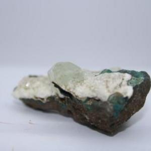Apophylite verte e97 4
