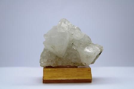 Apophyllite f07 3