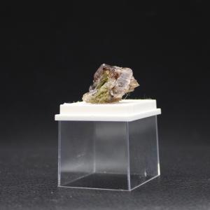 Axinite 18