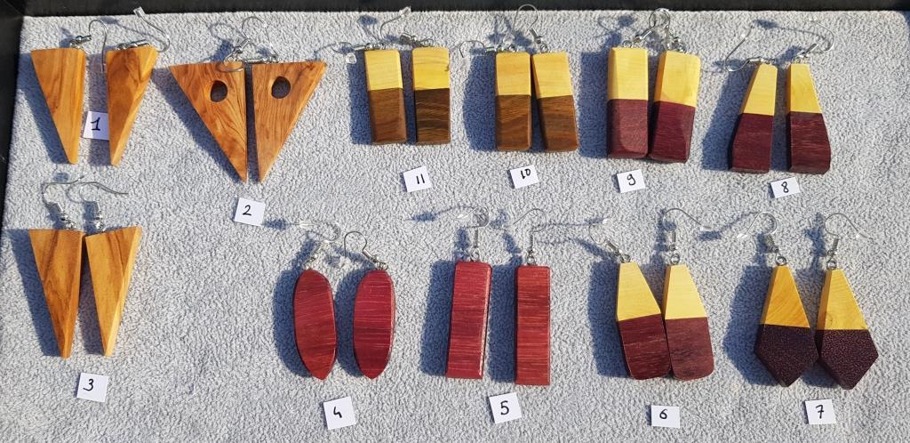 Boucles sculptees bois