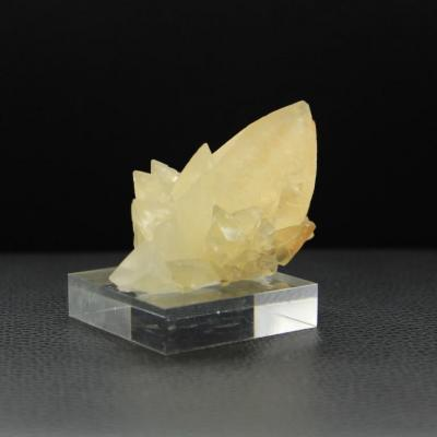Calcite uv h79 1