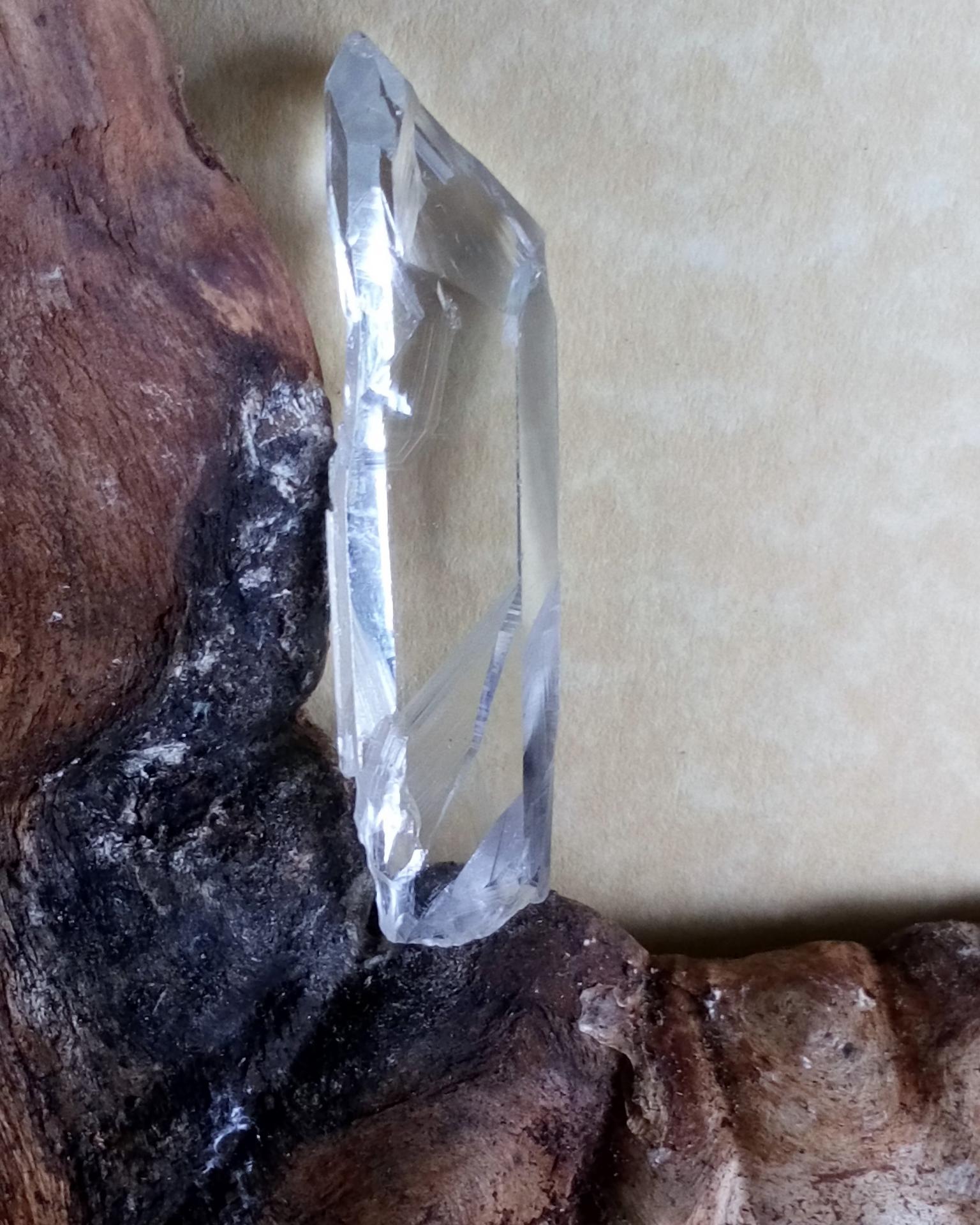 Cristal de roche mine de la guardette 2