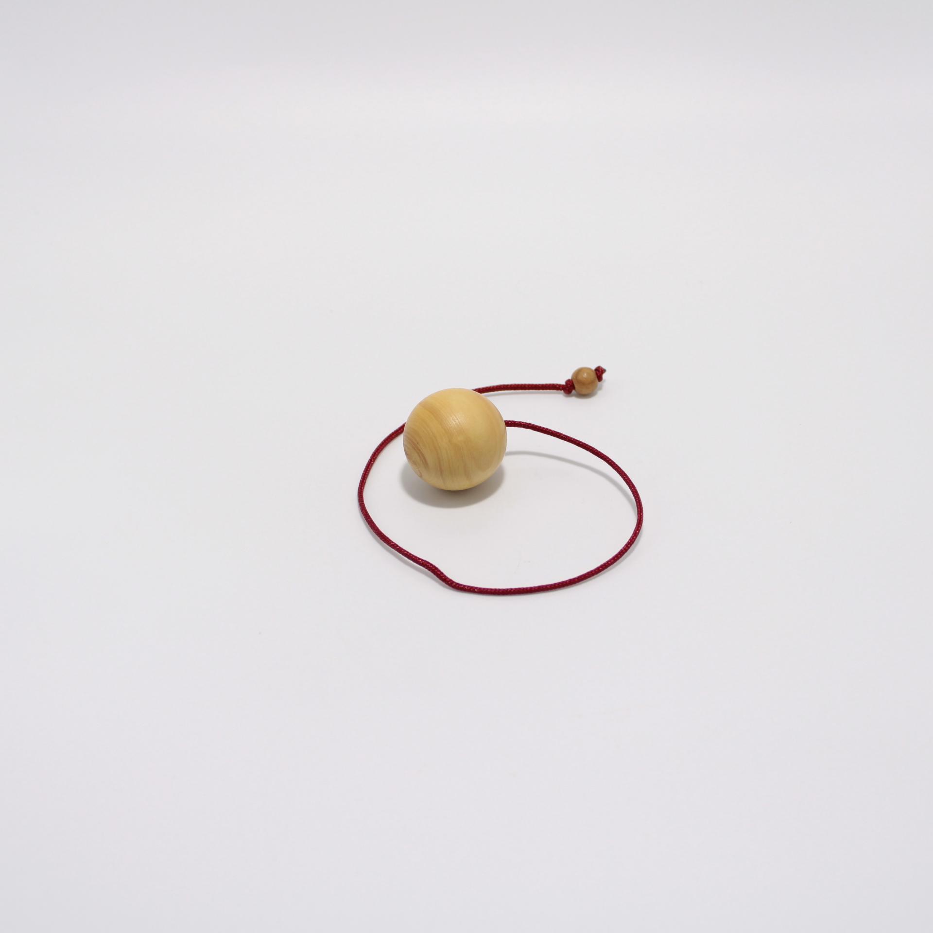 I53 pendule boule buis 2