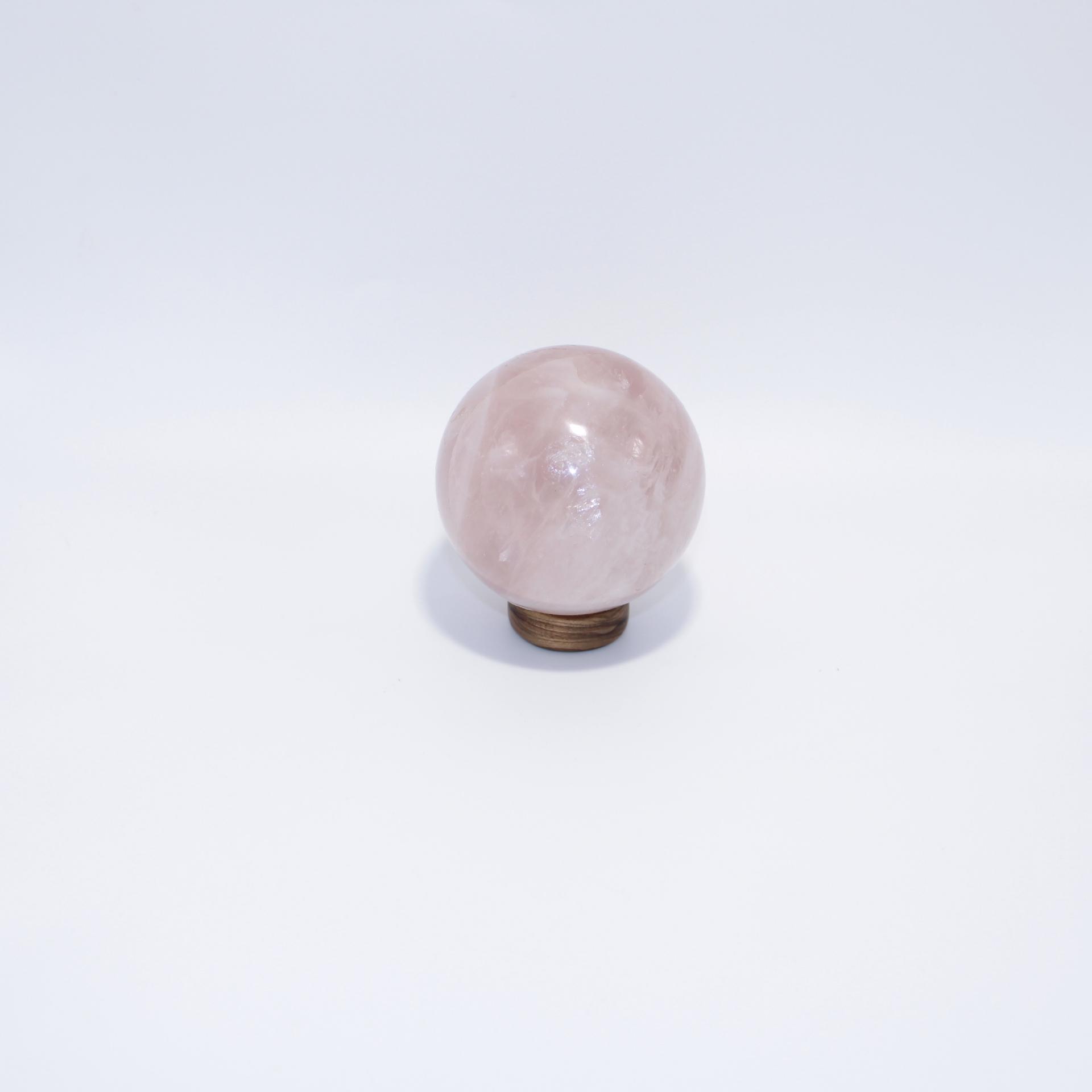 J10 sphere quartz rose 5