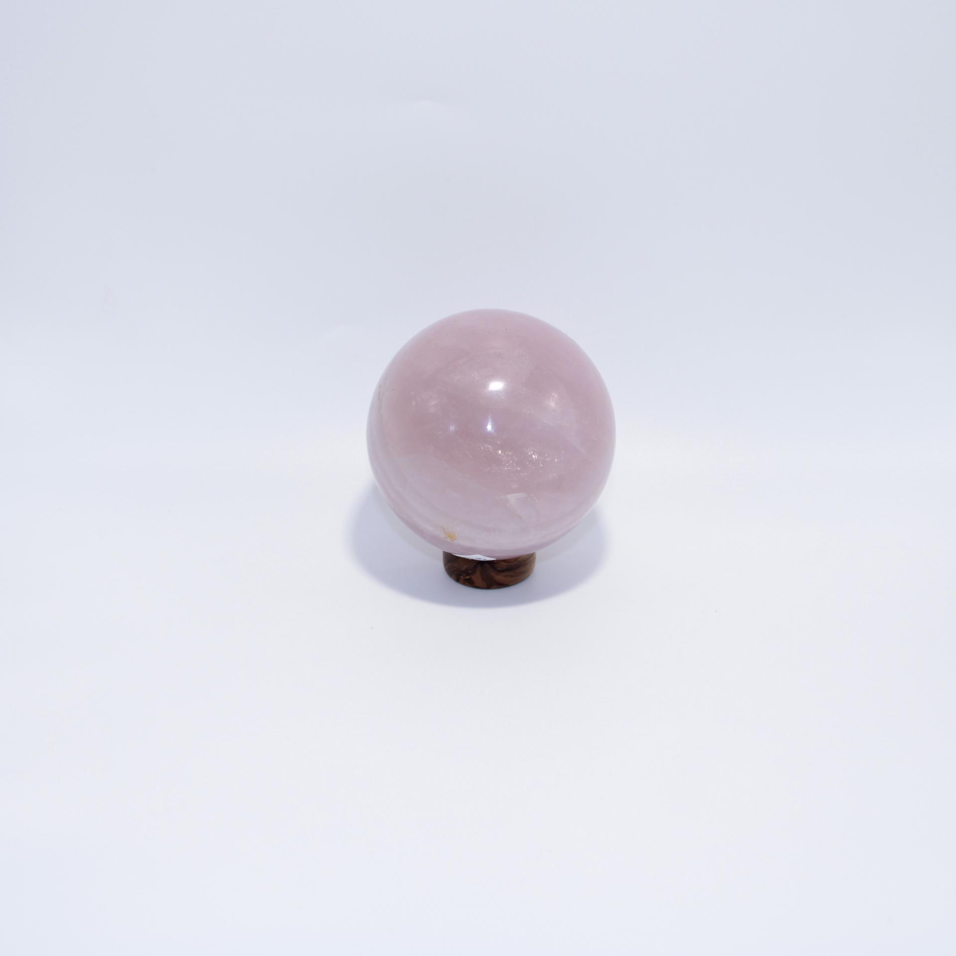 J13 sphere quartz rose 1