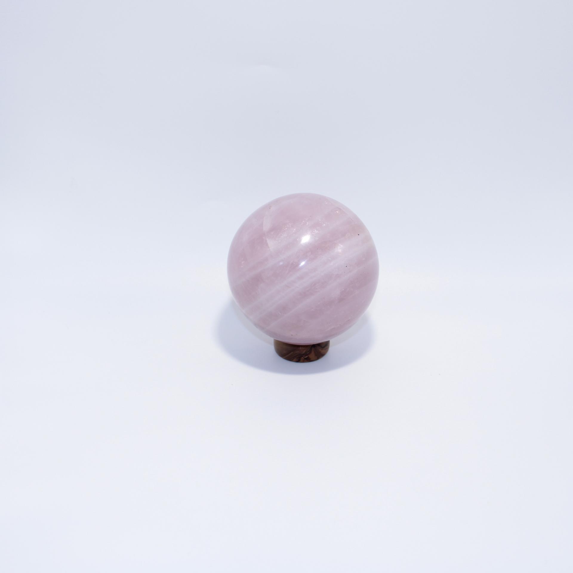 J13 sphere quartz rose 2