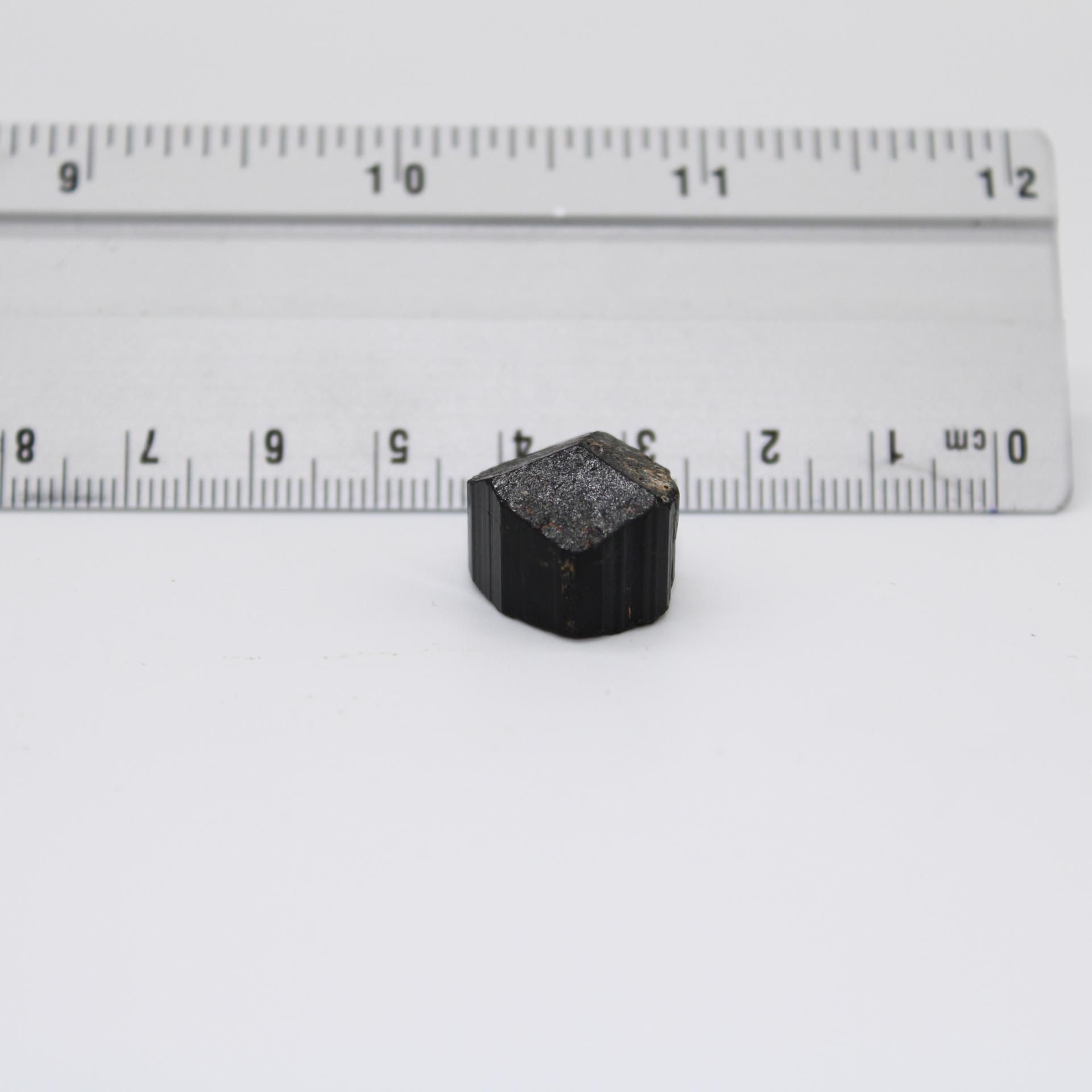 J41 tourmaline noire 1