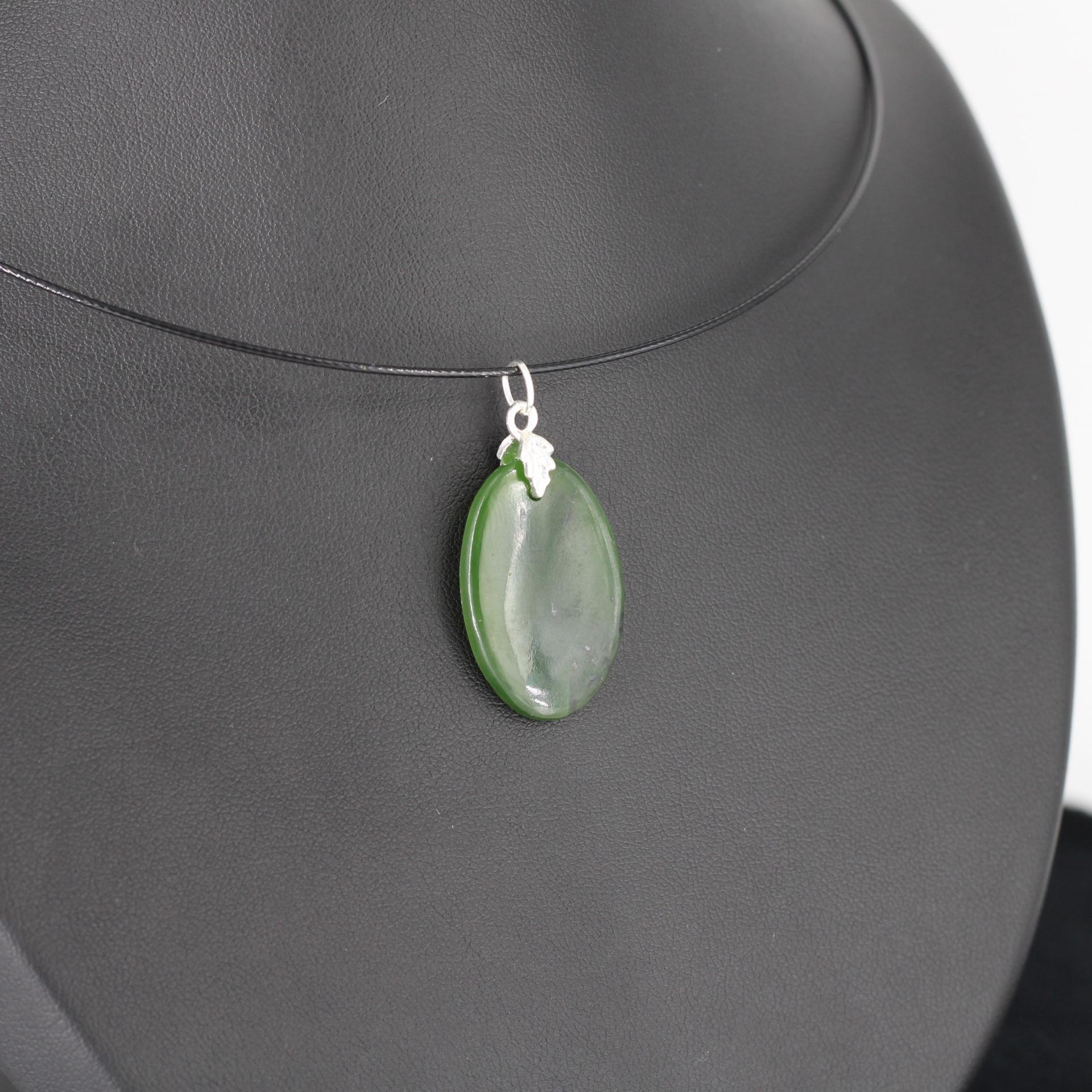 Jade nephrite l85 2
