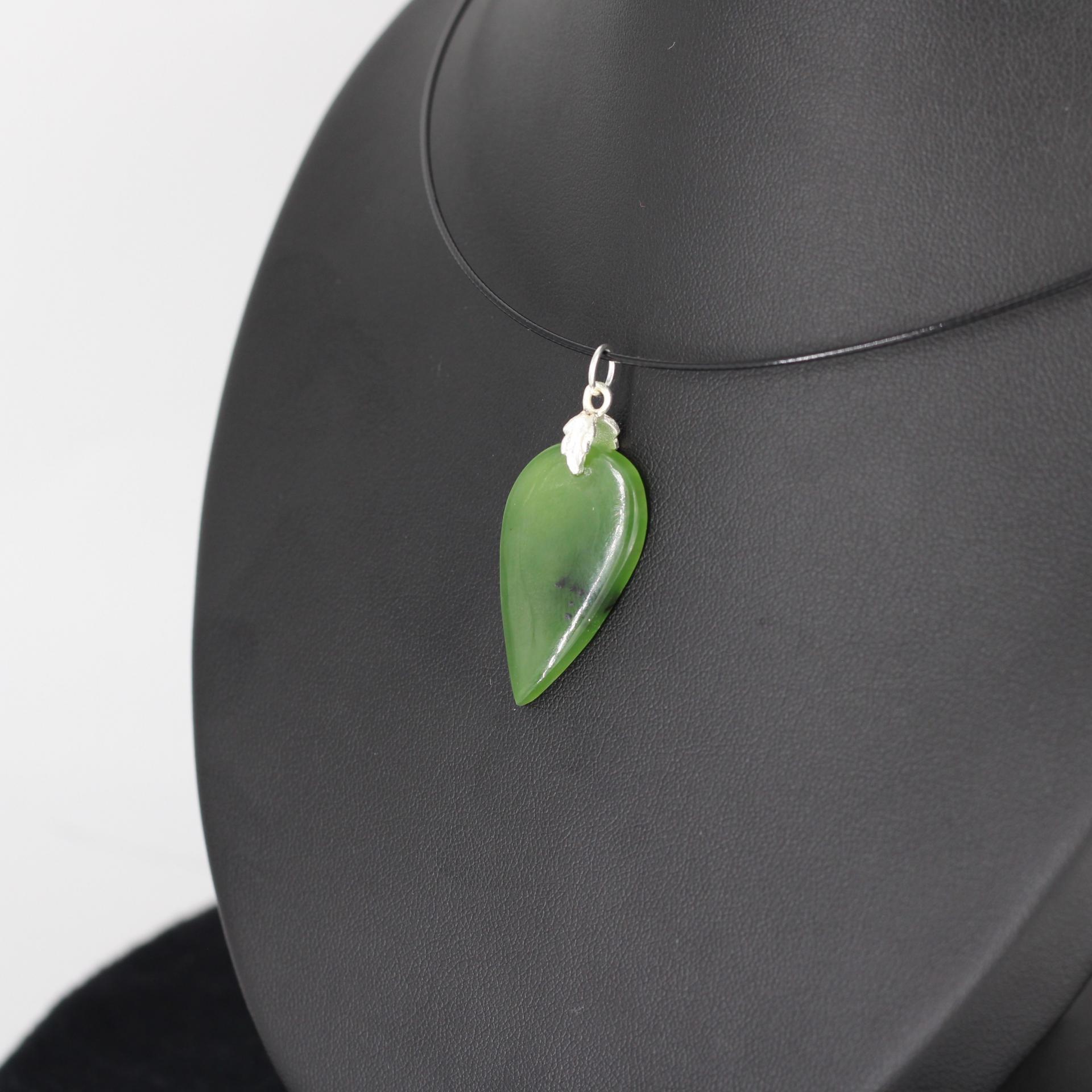 Jade nephrite l86 3
