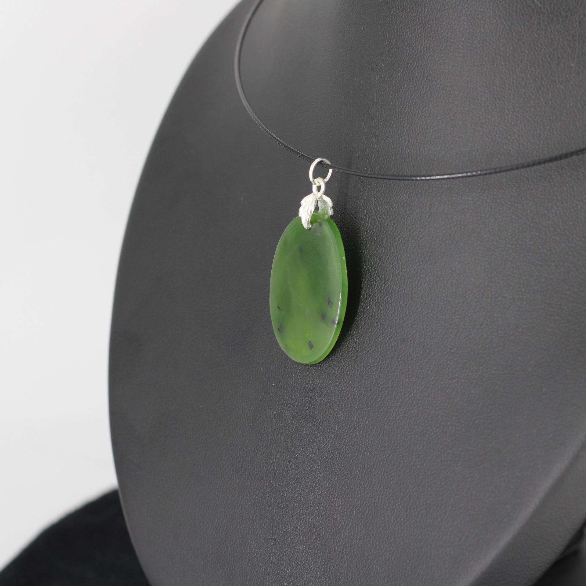 Jade nephrite l87 2