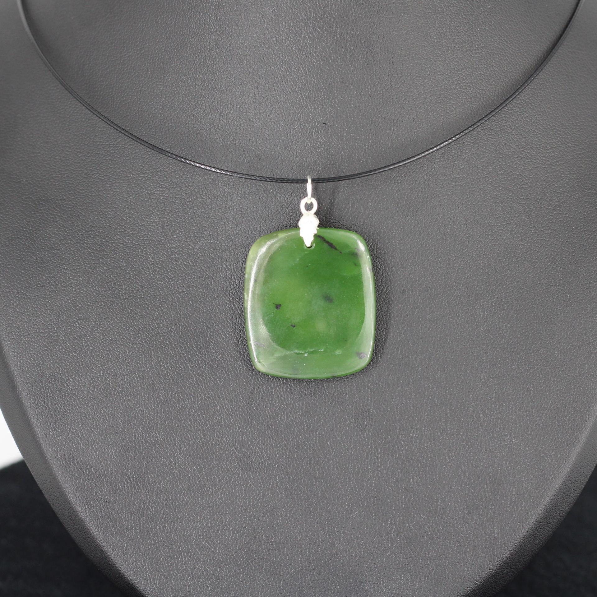 Jade nephrite l88 3