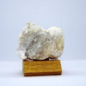 Okenite apophyllite f28 3