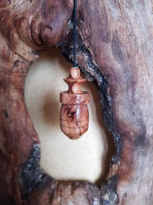 Pendule en olivier 10