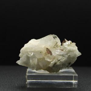 Quartz axinite h68 1