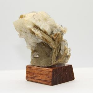 Siderite quartz adulaireh43 2
