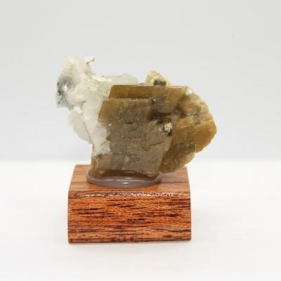 Siderite quartz pyrite h41 1