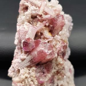 Tourmaline rose rubelite lessence aux 1000 pendules 1